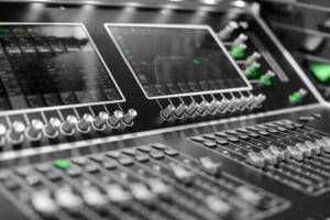 Online Beat Mixing