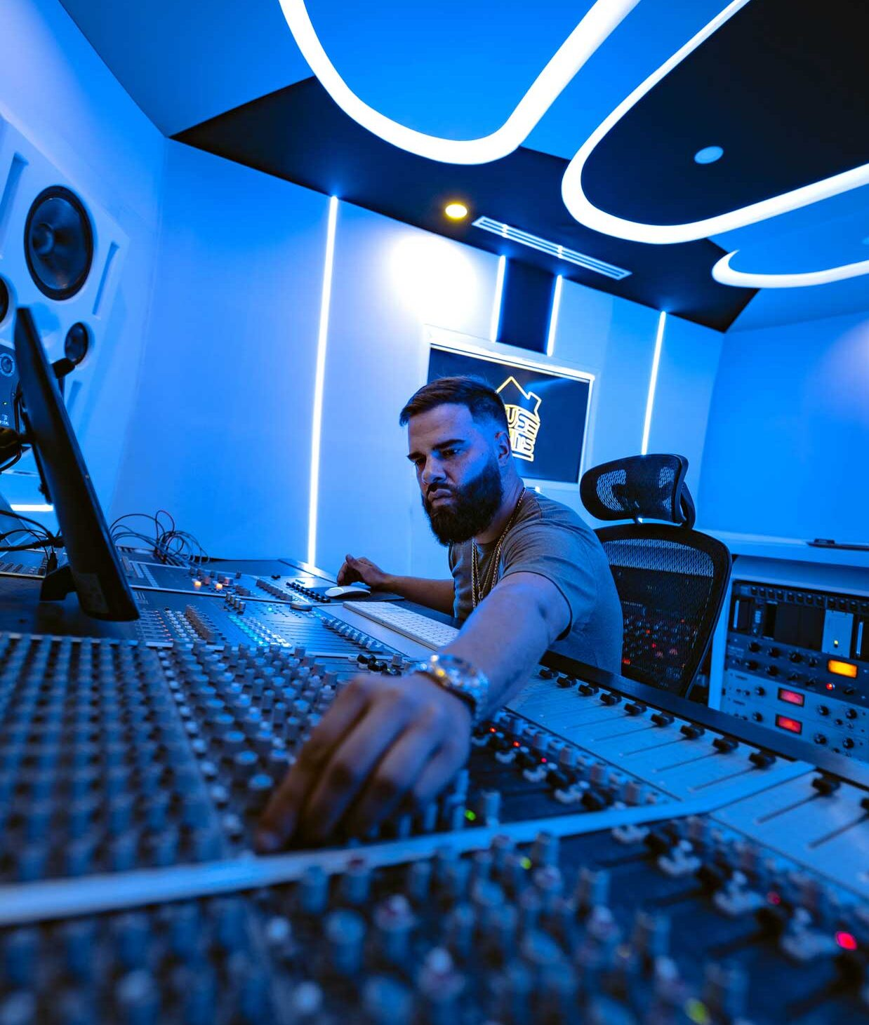 Mr Mix and Master in A Room at recording studio of House of Hits Miami